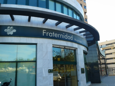 Edificio fraternidad muprespa 400x300